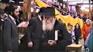 Chanukah 5750 | Tiferes Zkeinim - 7th night of Chanukah
