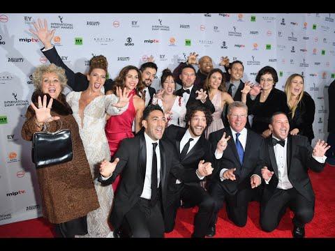 نجوم العالم يتألقون في جوائز إيمي الدولية في نيويورك  - نشر قبل 8 ساعة