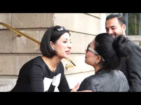 Promistylistin Laila Hamidi mit Afghanischer Popstar Aryana Saeed