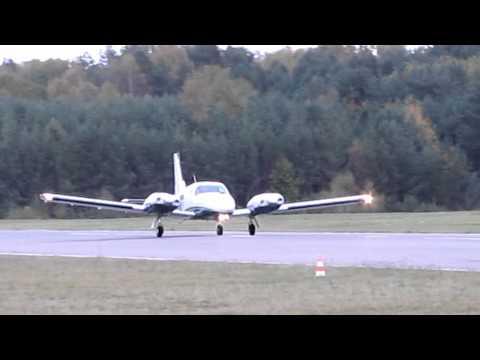 Piper PA-34-220T Seneca V SP-KSZ. Start z EPOD