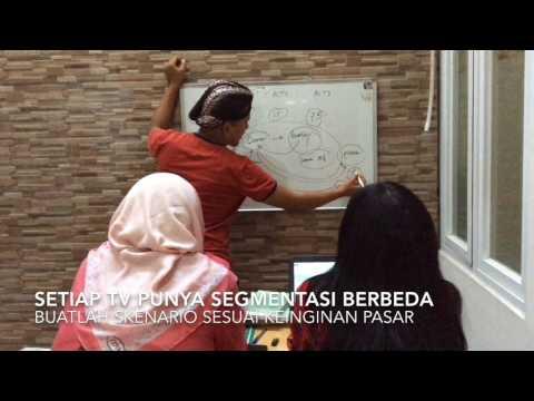 Pelatihan Menulis Skenario (Pertemuan ke-2 bahas Menulis Skenario Film d...
