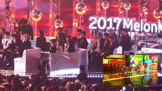 Top 10 Awards - 171202 Wanna One Reaction to Red Velvet's Peekaboo & Red Flavor