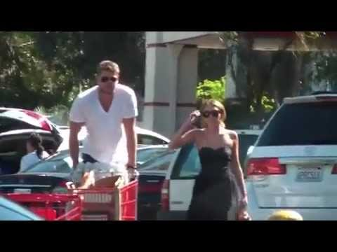 Miley Cyrus Grocery shopping with Liam Hemsworth at Trader Joe's in Los Angeles