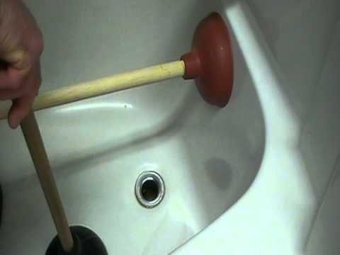 how to unplug or clear a bathtub drain easily