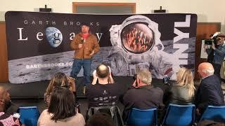 Garth Brooks press conference