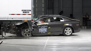 Manac semitrailer underride guard test - IIHS TOUGHGUARD winner