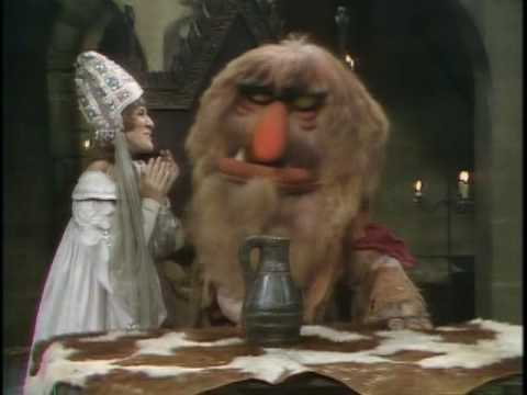 The Muppet : Ruth Buzzi & Sweetums