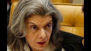 """""""A Justiça é impessoal"""", afirma Cármen Lúcia sobre soltura de Lula"""