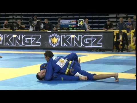 2015 Pan Jiu-Jitsu Championship - Black Belt Open Class Semi Final Leanardo Lo x Leonardo Nogueira