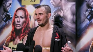 Video UFC 219: Myles Jury Explains How Jeremy Stephens' Wedding Brought Him Back To Alliance MMA download MP3, 3GP, MP4, WEBM, AVI, FLV Juli 2018