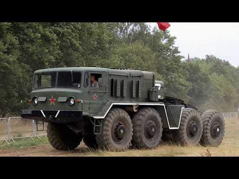 МАЗ-537. Мощный советский тягач / MAZ-537.