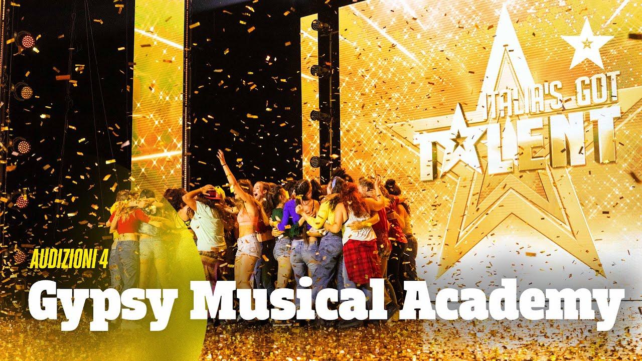 La trapanese Floriana Poma e la Gipsy Musical Academy stregano Bisio ...