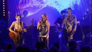 Nawel Ben Kraïem + Pauline Croze + Gaël Faye - Mal Assis (live - mix ta race)