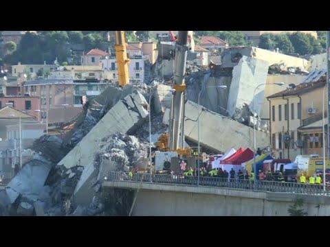 Catastrophe de Gênes: les secours à la recherche de survivants