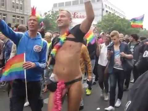 Gay Pride Berlin Männer nackt