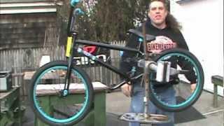 Video BMX Brake or No Brake - Tricks vs Transportation - BikemanforU download MP3, 3GP, MP4, WEBM, AVI, FLV Juli 2018