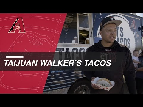 Taijuan Walker hands out free tacos at Spring Training