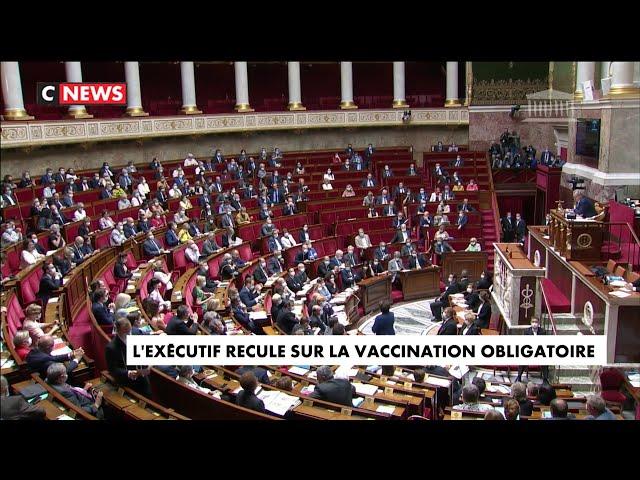 Coronavirus \: l\'exécutif recule sur la vaccination obligatoire