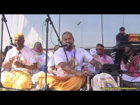 United Madrassi Foundation Chowtal Group perform at 2018 Phagwah Show