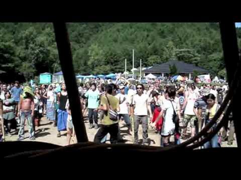 Dozzy plays Commodity Place@Labyrinth Festival  Japan.m4v