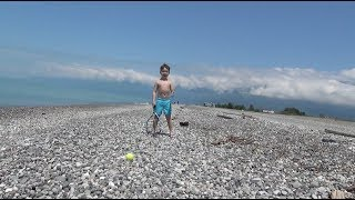 Большой теннис. Абхазские каникулы. Тренируемся везде. Гагра.