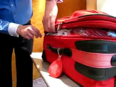 Breaking in a suitecase... فيديو : انتبه بالمطار يتم فتح الشنطة بواسطه قلم فيديو : انتبه بالمطار يتم فتح الشنطة بواسطه قلم hqdefault
