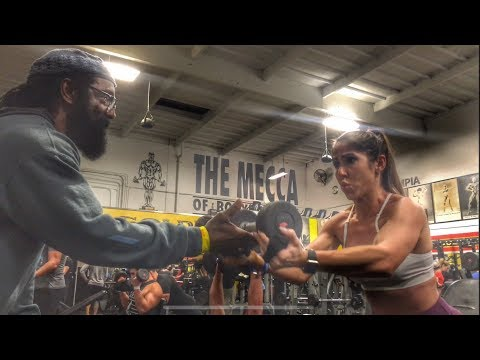 Gold's Gym Venice for the 1st Time - Training Delts with Charles Glass