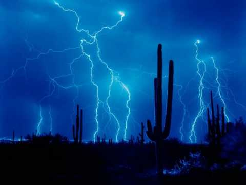 Lighting Strike And Thunder Sound Effect