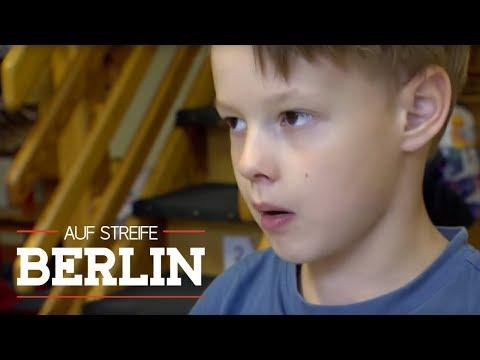 Angriff eines 5-Jährigen: Kind beißt Erzieherin   Auf Streife - Berlin   SAT.1 TV