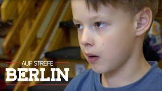 Angriff eines 5-Jährigen: Kind attackiert Erzieherin | Auf Streife - Berlin | SAT.1 TV