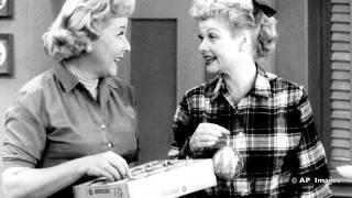 """Я люблю Люси"" - любимый телесериал Америки (""I Love Lucy"":  America's Best Loved TV Show)"