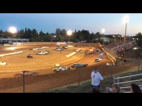 Pure stock A main 7/4/16  turn 4 view