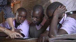 Информационные технологии и образование в... - learning world(В школьных классах постепенно исчезают тетради и...