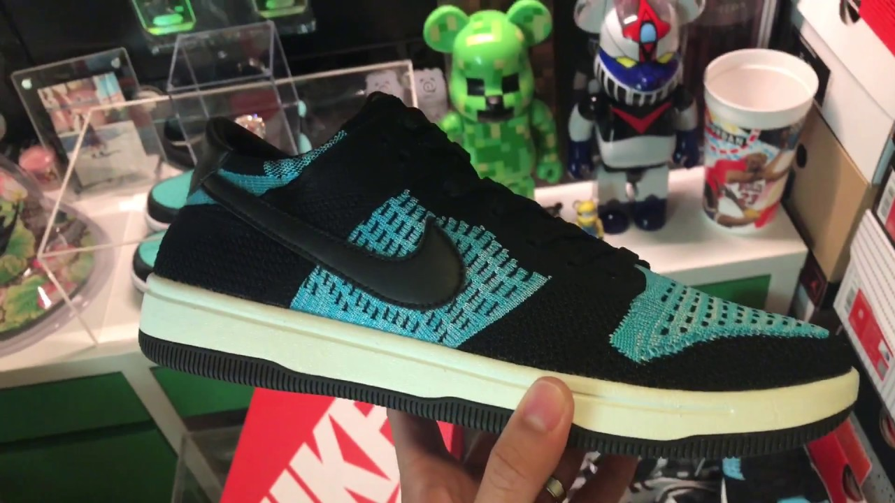 the latest 2747c fb902 Nike Dunk Low flyknit