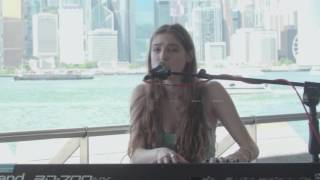 Birdy - Session at Tsim Sha Tsui Pier in Hong Kong (live)