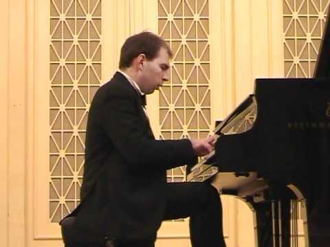 Andrei Korobeinikov performsBeethoven Sonata 14