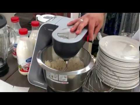 Приготовление крутого теста с кухонной машиной Bosch MUM5 (серия HomeProfessional) с насадкой «крюк»