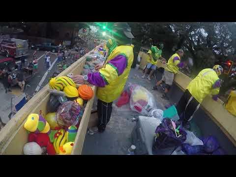 Terreanians downtown houma parade 2018