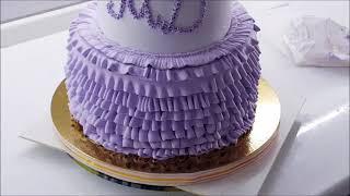 Свадебный торт в 2 яруса оформление кремом Монограмма на кремовом торте
