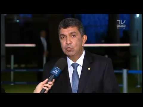 Deputado comenta investimentos em energias renováveis no Brasil