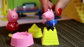 Bajka Świnka Peppa po polsku Świnka Peppa I George lepią babki piasek kinetyczny dla dzieci