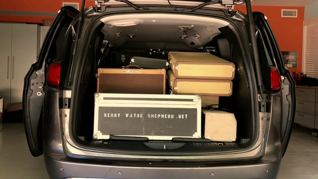 Chrysler pacifica cargo capacity