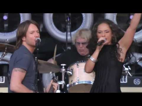 Keith Urban & Alicia Keys - Gimme Shelter - Live Earth In New York 7-7-2007