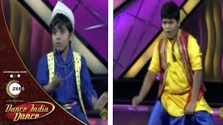 Video Jeet and Ruturaj Fabulous Performance On Govinda's Songs - DID Dance Ke Superkids download MP3, 3GP, MP4, WEBM, AVI, FLV Juli 2018