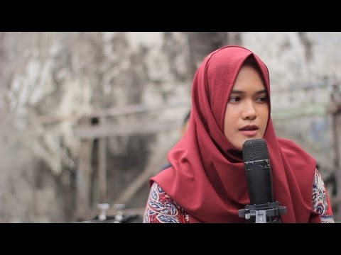 Pupus - Shinta & The Simple Life (Dewa 19 Cover)  //  EXI Backyard Sessions