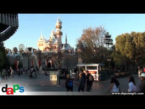 About an Hour on Main Street at Disneyland - New Music Loop