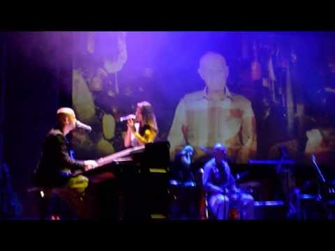 Sabe Deus (God Knows) - Idan Raichel Project live at Eskol Park 15/08/2013
