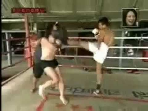 Funny Japanese Learns Muay Thai Kickboxing [Super Funny Prank]
