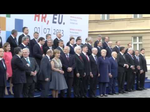 Serbia starts EU accession talks