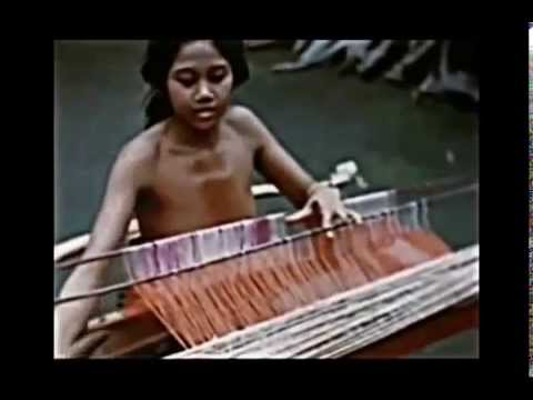 The Traditional Weavers of Bali